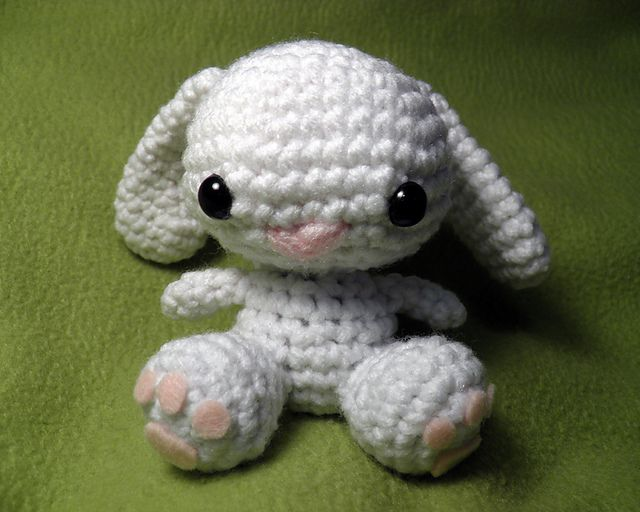 Free Crochet Pattern For Bunny Pin : Little Bunny Amigurumi - FREE Crochet Pattern by Katherine ...