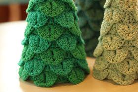 Min søde og dygtige kunde, Lise, har hjulpet med at lave disse fine juletræer, som allerede har høstet mange roser fra kunde...