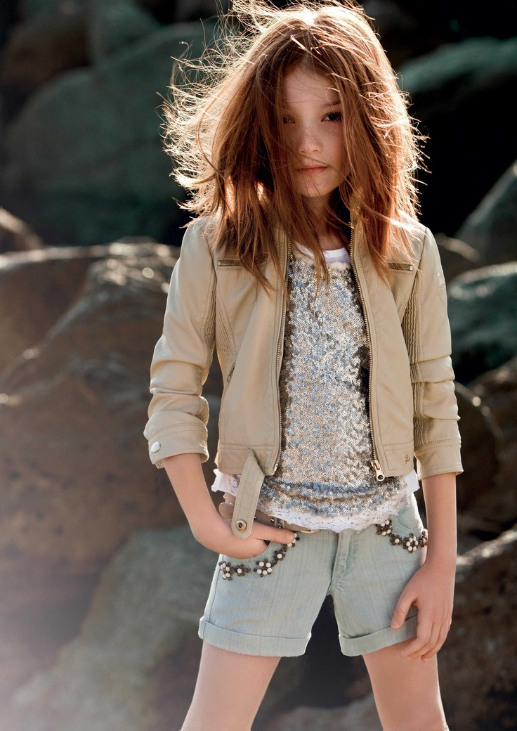 TWIN-SET Girl collection: Leatherette biker's jacket, sequin t-shirt and embroidered shorts