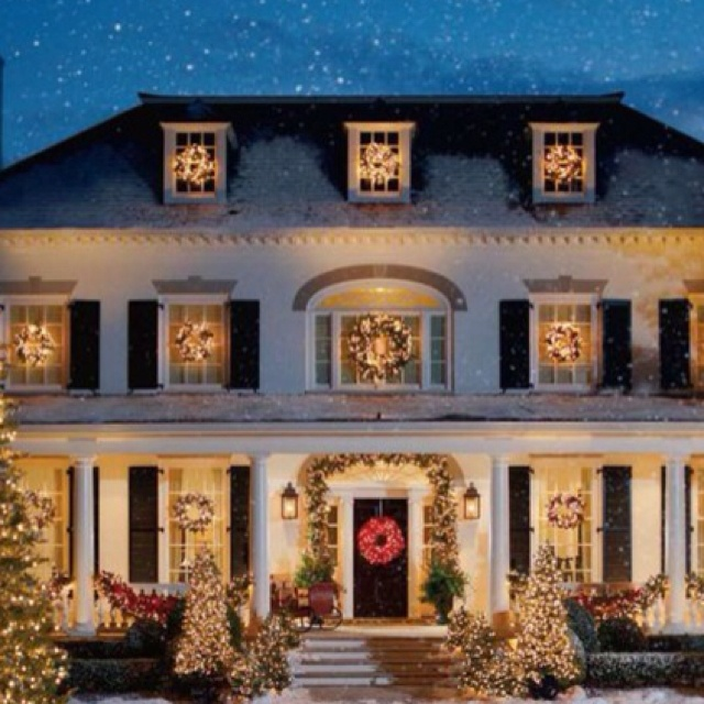 17 Best Images About Decorating Doors For The Christmas