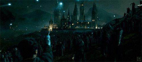 No universo de Harry Potter, há uma estimativa de 3.000 magos vivendo na Grã-Bretanha.   30 fatos sobre Harry Potter que lhe darão vontade de reler a série (de novo)