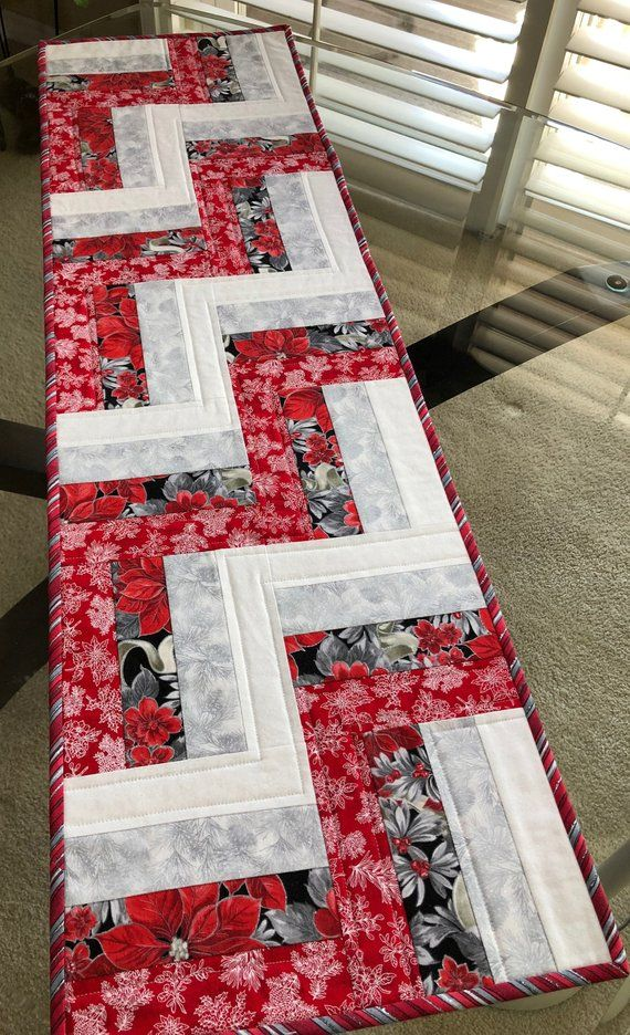 This Is A Modern Quilted Christmas Table Runner Using The Rail Fence Design It Me Christmas Table Runner Handmade Table Runner Quilted Table Runners Patterns