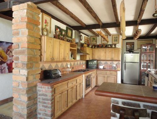 Casas Rusticas De Ladrillo Buscar Con Google Cocinas Rusticas