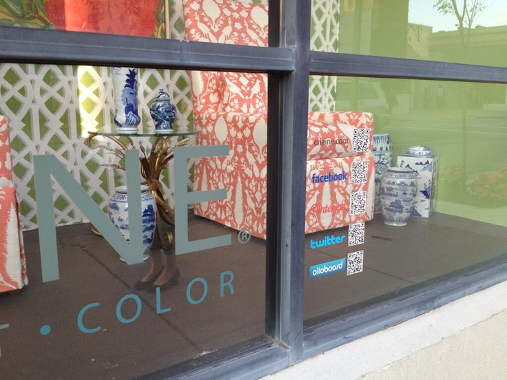 "From Leslie Carothers aka @Leslie Lippi Carothers on Twitter:  "" Here is what Sheilah and I saw street side on @C R Laine Furniture's window at #HPMkt > #LogoLove for @cheryl ng Brogan! TYSM, Holly! pic.twitter.com/zx0MM4VThl "" #Olioboard #Media"
