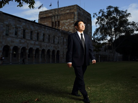Science | Professor Max Lu is harnessing the power of small particles to solve some of the world's biggest problems.  #Australia #Science