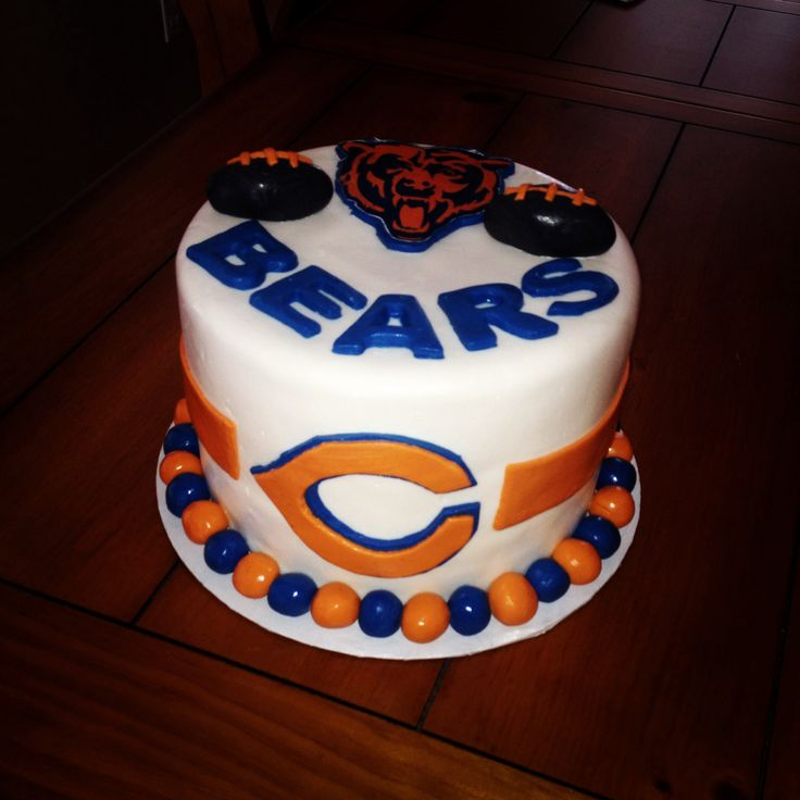 25+ Best Ideas About Chicago Bears Cake On Pinterest