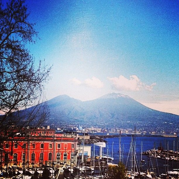 I can't help falling in love with the language and the traditional music of Napoli..