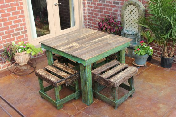 Farmhouse Style Pallet Breakfast Table by 3JsDecor on Etsy, $450.00