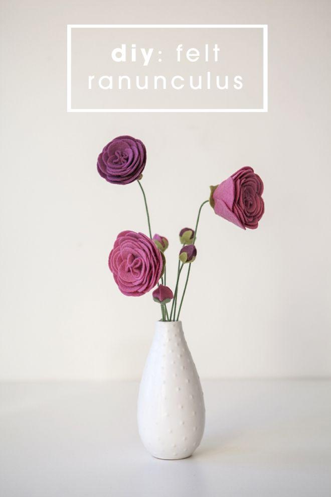 DIY ::: How to make felt ranunculus flowers and flower buds!