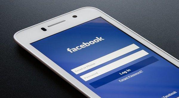 Facebook Seluler Adalah merupakan salah satau aplikasi facebook yang hanya diciptakan untuk mobile atau perangkat telepon   http://facebookindo.net/facebook-seluler-adalah/