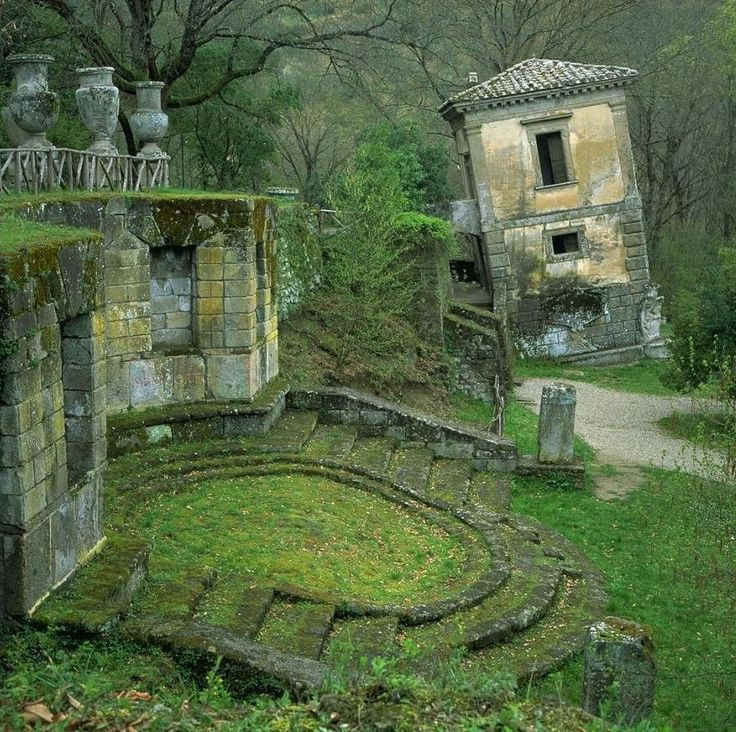 in this photo of ruins in Italy, what was abandoned by people is taken back by Nature. The ocean denies no river.