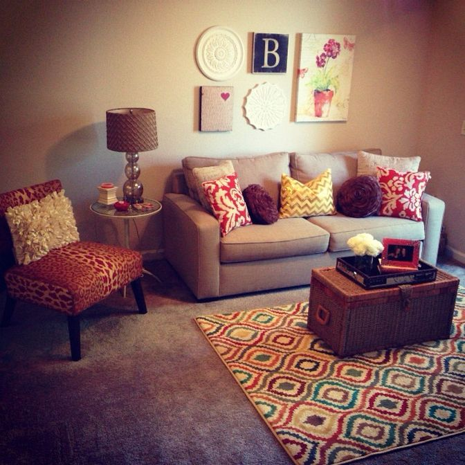 Fantastic 123 Inspiring Small Living Room Decorating Ideas for Apartments https://decorspace.net/123-inspiring-small-living-room-decorating-ideas-for-apartments/
