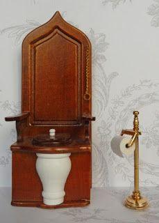 All about dollhouses and miniatures: De badkamer van het poppenhuis is klaar