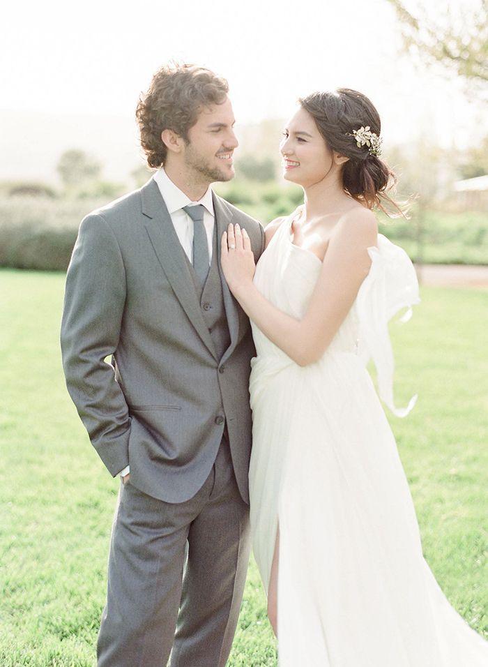 Ethereal Fine Art Wedding Portraits    #weddings #weddingideas #winecountry #fineartweddings #weddingphotos #weddingdress