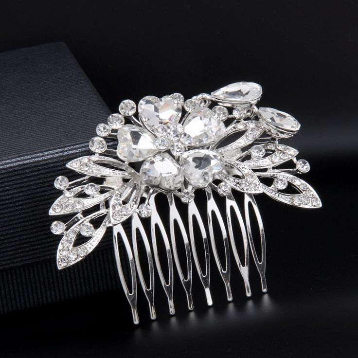 Shop the best bridal wedding hair accessories collection online: exclusive bridal headpieces, hair combs, hair pins & clips #bridalhaircomb #weddinghairstyle #weddinghair