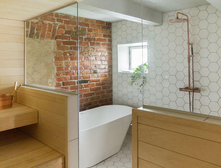 Kylpyhuone, kylpyamme Sisustussuunnittelu: Jutta Karihtala
