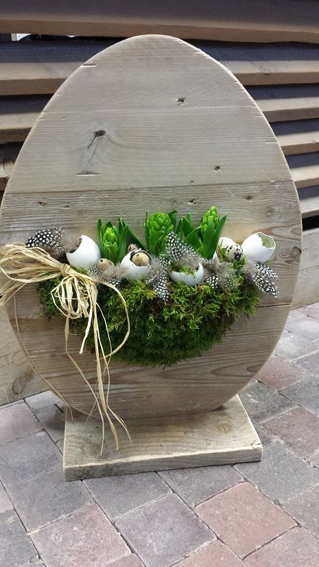 Wooden Egg Décor for Spring