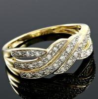 BRILLIANT !  1/5 CARAT (24 PCS) DIAMOND 10KT SOLID GOLD RING