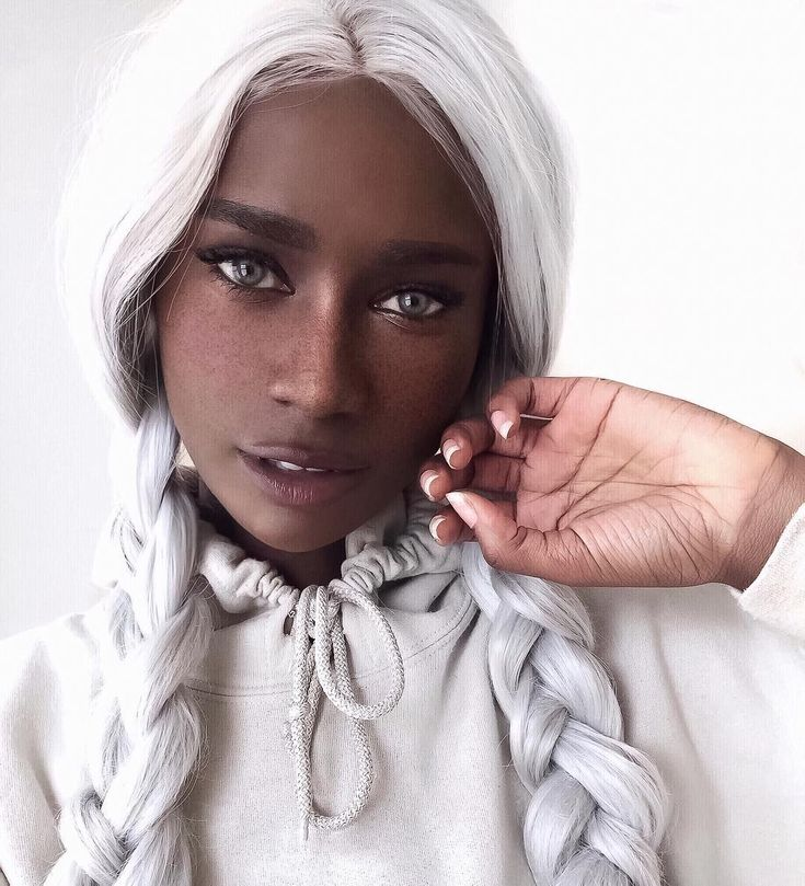 Double braids silver color hairstyle by melvnin