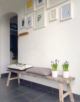 #Bilderwand: schöne Idee für den #flur #interior #bilderwand #bilderrahmen #deco #wandgestaltung #wallart Mehr Ideen für die schönste Wandgestaltung auf SoLebIch: www.solebich.de/wohnen/wandgestaltung