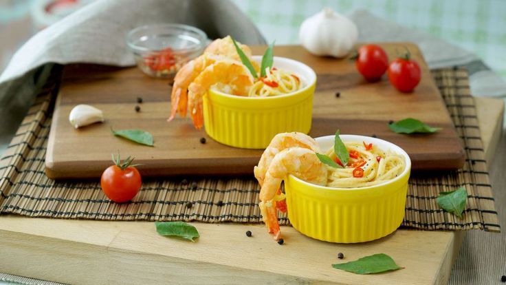 Salted Egg Pasta with Butter Prawns   Asian Food Channel