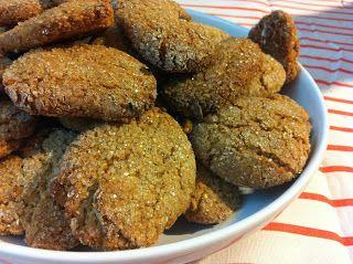 Mia sorella è VEG...(ma io no...): Biscotti farina di riso, crusca d'avena e nocciole: la colazione di questa settimana