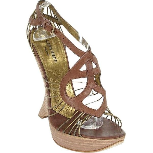 Pre-owned Alberta Ferretti - Brown And Gold Leather Platform Wedges... ($169) ❤ liked on Polyvore featuring shoes, caramel, gold platform shoes, gold leather shoes, leather wedge shoes, wedge shoes and gold wedges shoes
