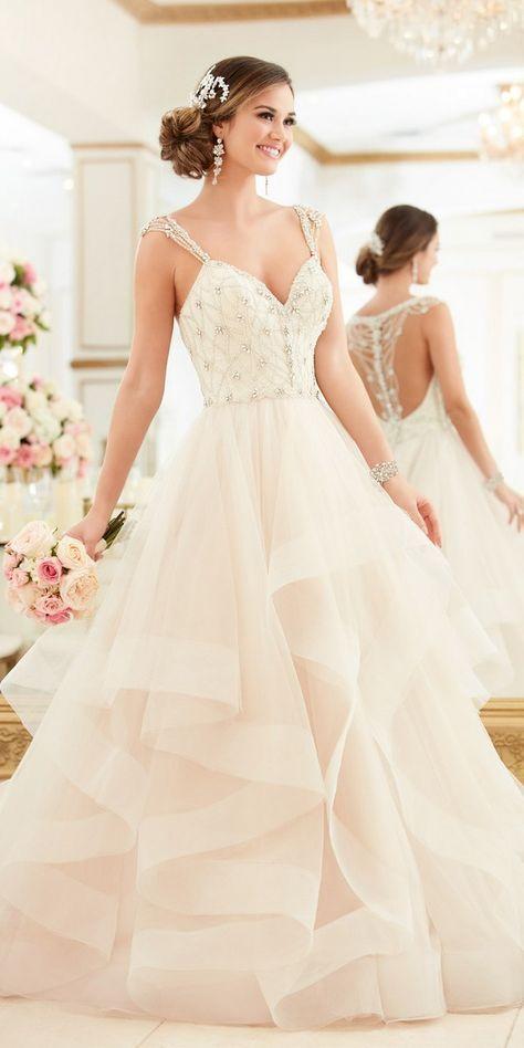 Stella York Beaded Lace Wedding Dress With Sweetheart Neckline style 6309 c / http://www.deerpearlflowers.com/stella-york-fall-2016-wedding-dresses/