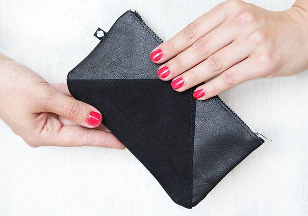 Schwarze Geldbörse aus Leder, geometrisches Design / all black wallet, made of leather by pikefine via DaWanda.com
