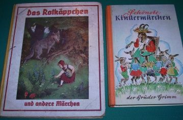 Grimm mesék régi német kiadásban. Fairy tales by the brothers Grimm in an old German edition.