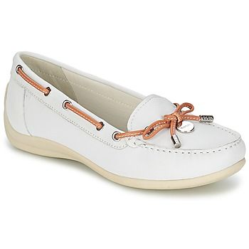 I love these totally preppy white loafers/boat shoes from Geox! New arrivals @rubbersole !