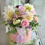 """62 aprecieri, 2 comentarii - Florarie cu gust (@florarie_cu_gust) pe Instagram: """"Nothing makes me happier than my flowers. #florariecugust #sendflowers #gifts #newbegenning #happy…"""""""