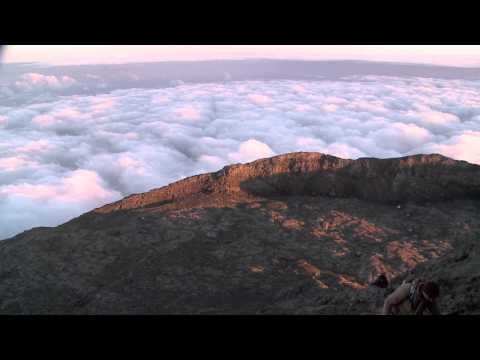 Hiking trails in the Azores | Top ten Places to Travel. #hiking