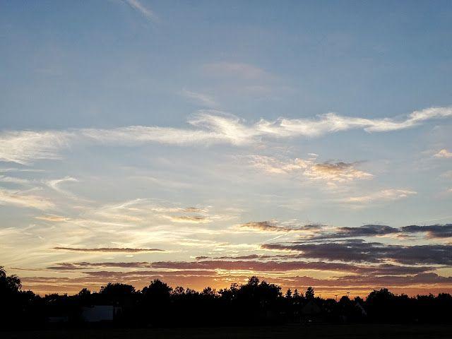 Auf der Mammilade n-Seite des Lebens: 8 Dinge, die mir an diesem herbstlichen April-Sommer wirklich gut gefallen! Und warum ich doch 1x ganz kräftig schimpfen musste, Natur, Himmel, Sonnenuntergang, sky, sunset, nature