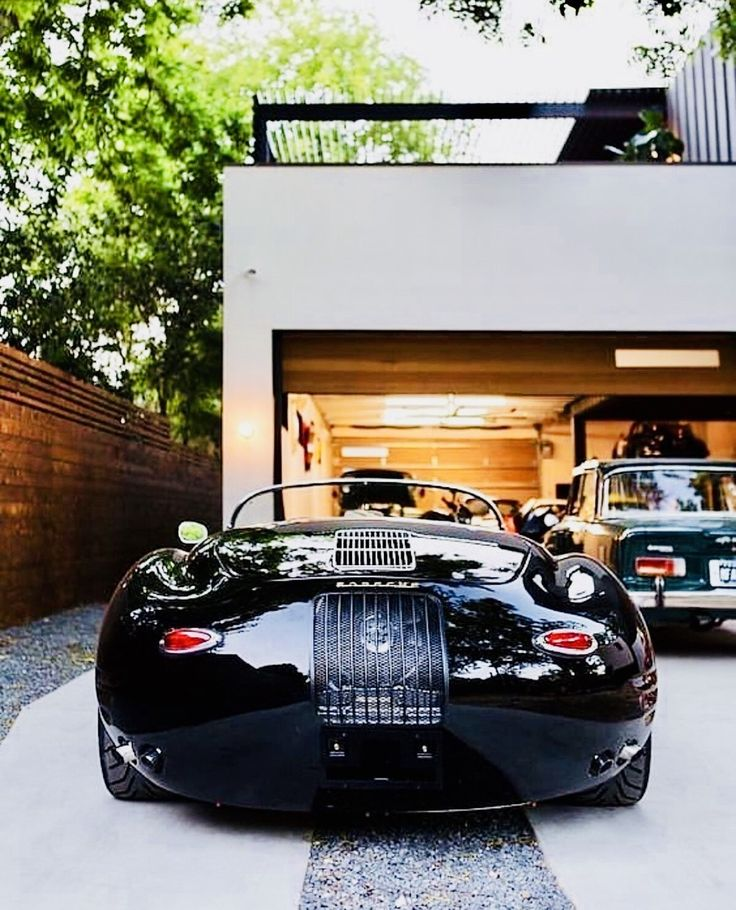 Autohaus Residence And Car Collectors Garage In Central Texas: To The Love Of All Things Porsche