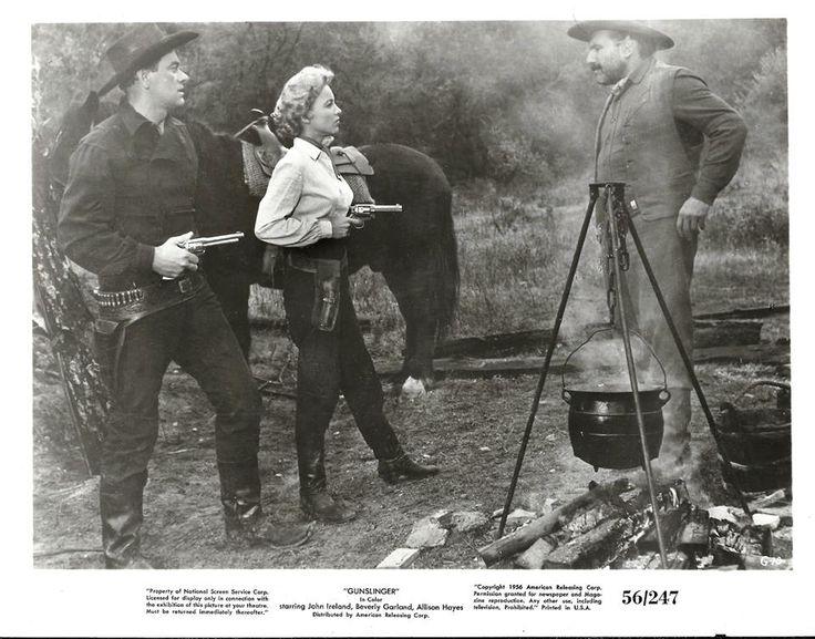 Beverly Garland and John Ireland in Gunslinger (1956)