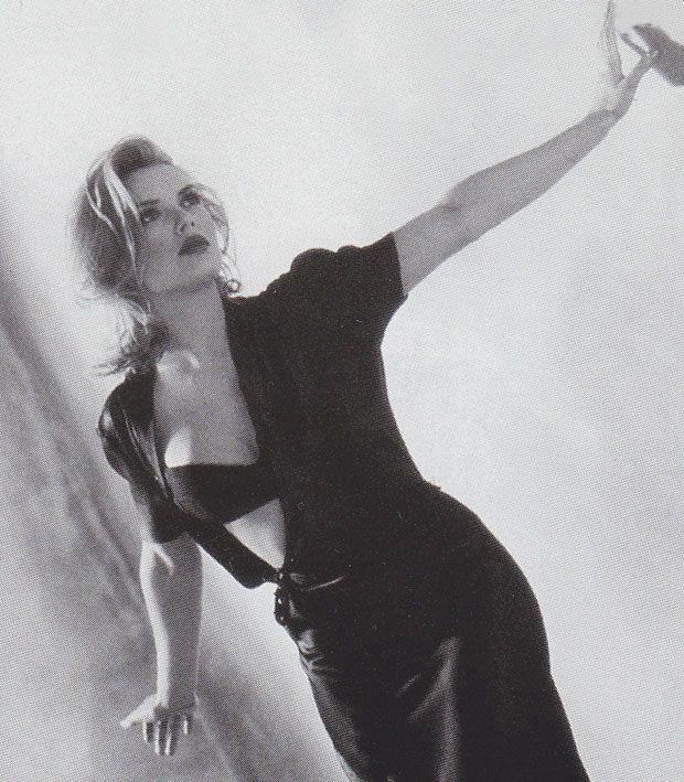 What a hottie ~ Kim Wilde <3 <3 !!