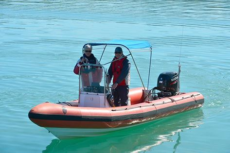 Professor's Steve Dawson and Liz Slooten were gifted a new boat engine from us to Celebrate our 30 years of cruising in Akaroa Harbour. Liz and Steve are New Zealands leading marine mammal experts and work continuously to support the endangered Hector's and Maui dolphins..