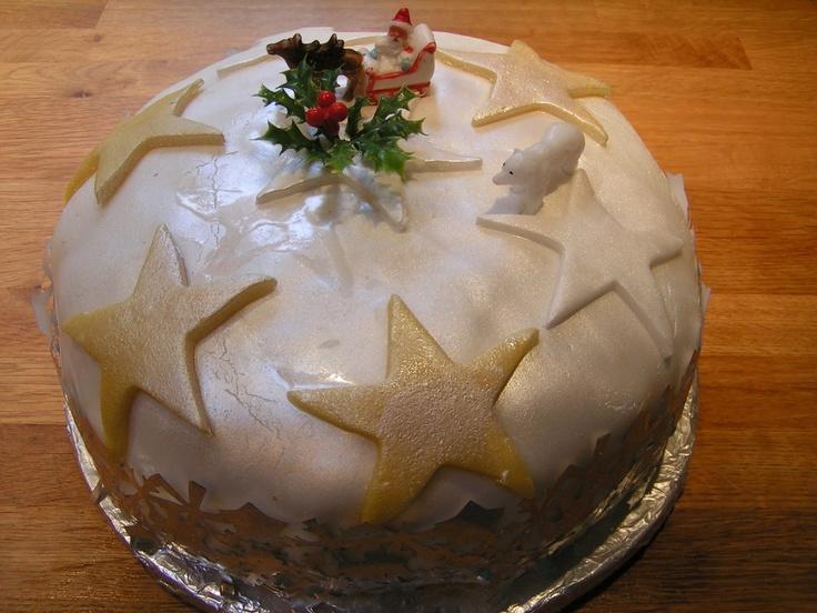 Christmas Cake - The Icing
