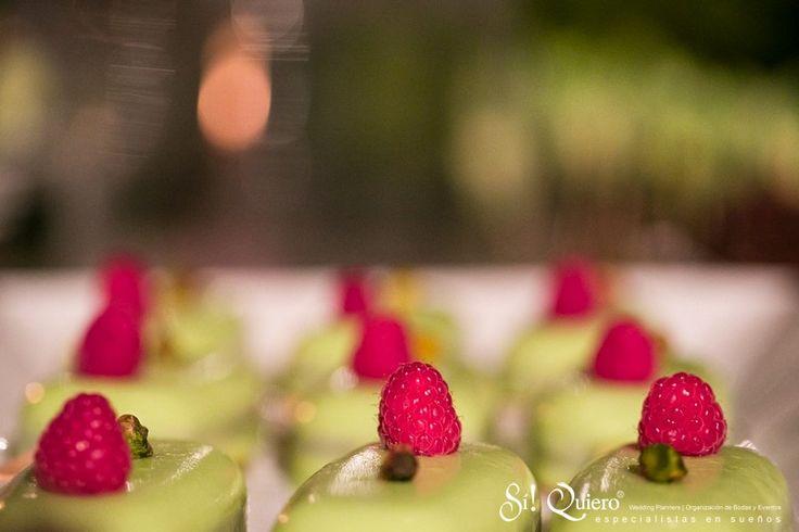 dulces en boda en jardin