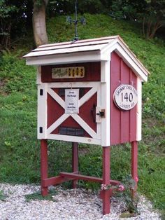 Roadside egg stand uses the honor system | Farm stand | Pinterest ...