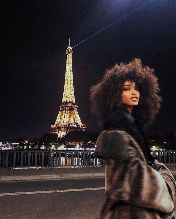 Photography ideas for friends poses Ideas Curly Hair Styles, Natural Hair Styles, Black Girl Aesthetic, Beautiful Black Women, Black Girl Magic, Ikon, Pretty Girls, Hair Inspiration, Black Hair