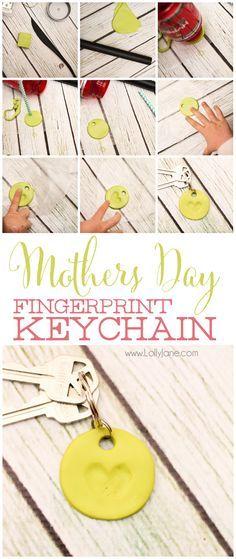 Simple Mothers Day clay fingerprint keychain! Love how the little fingers made a heart shape. Cute! via lollyjane.com