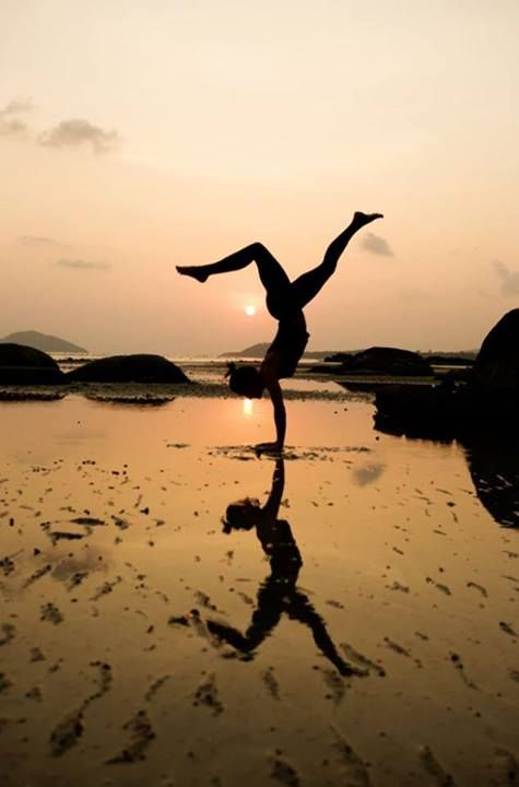 Loving the reflection!  (Visit us on https://muuyu.com for your first FREE online yoga class)