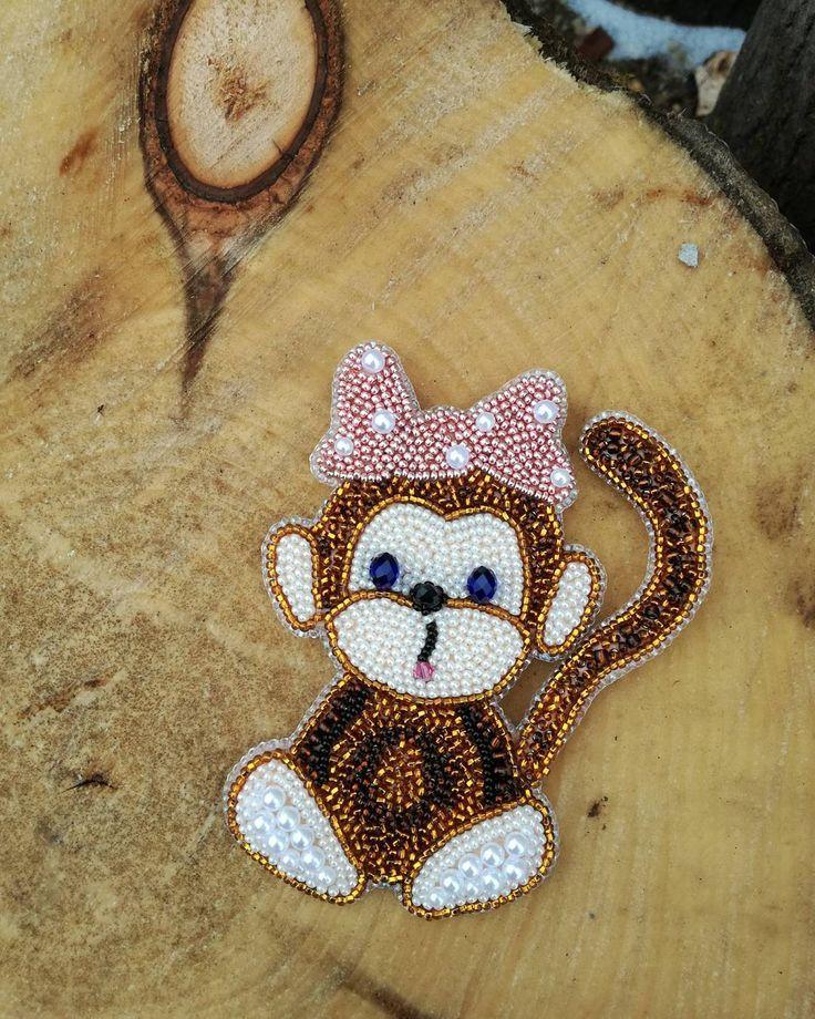 Еще одна обезьянка!) Детская брошь, выполнена на заказ! #брошиизбисера #брошиhandmade #брошихендмейд #брошьобезьянка