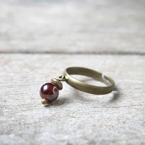 Bague pierre de Grenat, pierre fine - Bague minimaliste en pierre de gemmes / semi-précieuse - Idée de cadeau bijou