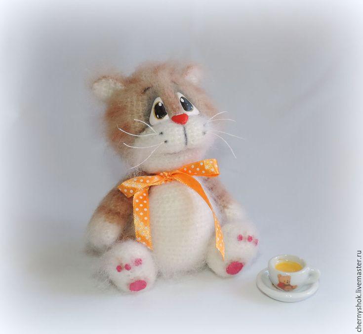 Fluffy crochet cat. (Inspiration).