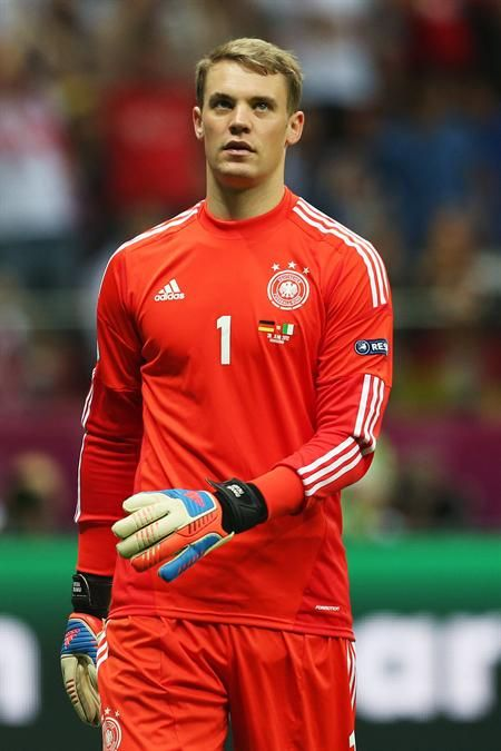 Sure, my favorite soccer player is a GK...but he's the best out there.