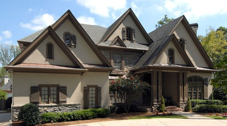 39 best images about rustic lodge ideas on pinterest for Rustic french country house plans