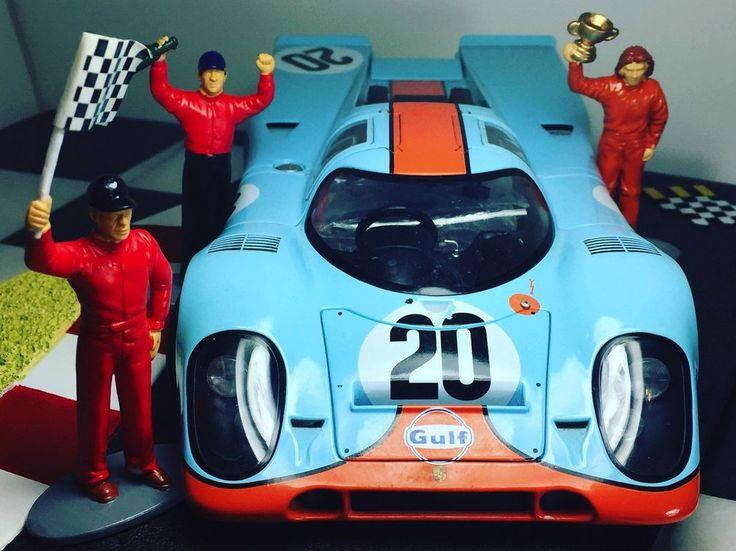 Porsche 917 by AutoArt in 1/18 Diecast Metal Model #20 McQueen Gulf Toy #AUTOart #Porsche